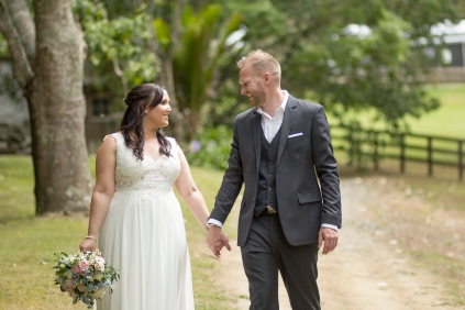 Melissa and Chris 2016-02-27-12h22m02